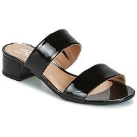 Topánky Ženy Šľapky Betty London BAMALEA Čierna / Lakovaná