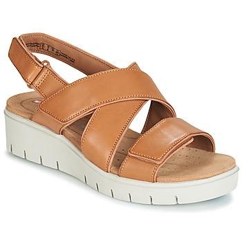 Topánky Ženy Sandále Clarks UN KARELY DEW Hnedá