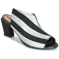 Topánky Ženy Sandále Papucei BETINA Čierna / Biela