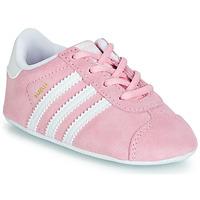 Topánky Dievčatá Nízke tenisky adidas Originals GAZELLE CRIB Ružová