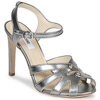 Topánky Ženy Sandále Moschino MA1604 Nappa-Accai