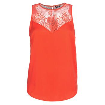 Oblečenie Ženy Blúzky Guess SCARLET Červená
