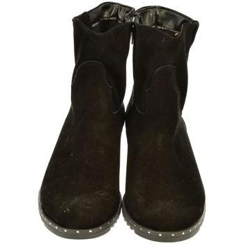 Topánky Ženy Čižmičky John-C Dámske čierne členkové čižmy INNA čierna