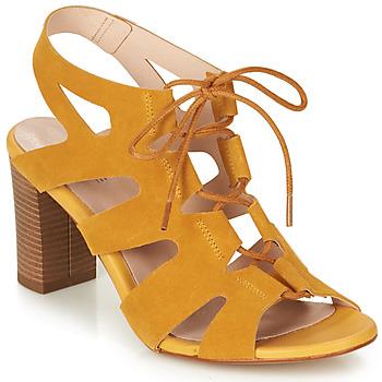 Topánky Ženy Sandále André ROMANESQUE Žltá