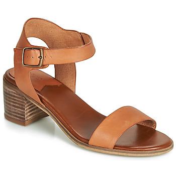Topánky Ženy Sandále Kickers VOLOU Ťavia hnedá