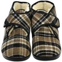 Topánky Muži Papuče Mjartan Pánske papuče  LUCAS 5 hnedá