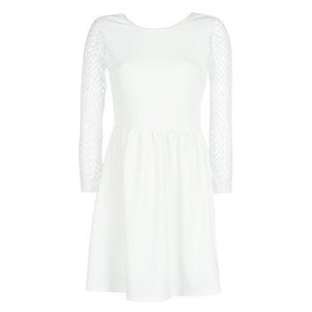 Oblečenie Ženy Krátke šaty Betty London J. LOUISE Biela