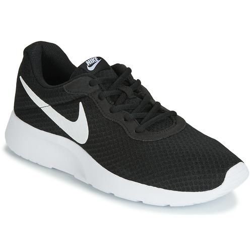 Topánky Muži Nízke tenisky Nike TANJUN Čierna / Biela