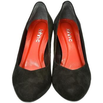 Topánky Ženy Lodičky John-C Dámske kožené čierne lodičky AMANDA čierna