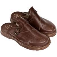 Topánky Muži Nazuvky John-C Pánske hnedé kožené šľapky MACEJ hnedá