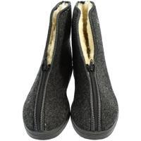 Topánky Muži Papuče John-C Pánske sivé topánky LEO tmavosivá