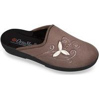 Topánky Ženy Papuče Mjartan Dámske papuče  CHERISE hnedá