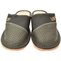 Topánky Muži Papuče John-C Pánske sivé papuče VIPMEN tmavosivá