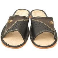 Topánky Muži Papuče John-C Pánske hnedé papuče VIPMEN hnedá