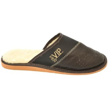 Topánky Muži Papuče John-C Pánske tmavo-hnedé papuče VIPMEN hnedá