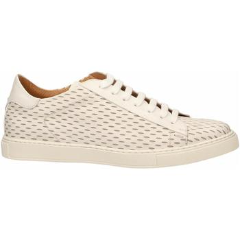 Topánky Muži Derbie Brecos VITELLO bianco