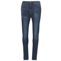 Oblečenie Ženy Džínsy Slim G-Star Raw D-STAQ MID BOY SLIM Modrá / Faded / Medium / Aged
