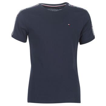Oblečenie Muži Tričká s krátkym rukávom Tommy Hilfiger AUTHENTIC-UM0UM00562 Námornícka modrá