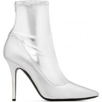 Topánky Ženy Čižmy do mesta Giuseppe Zanotti I870030 001 argento