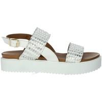 Topánky Ženy Sandále Donna Style 19-537 White
