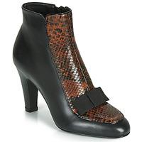 Topánky Ženy Čižmičky André LA DISCRETE Čierna