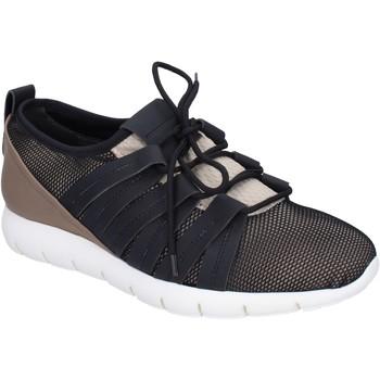 Topánky Muži Nízke tenisky Alexander Smith Tenisky BR635 Béžová