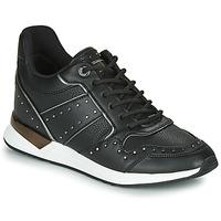 Topánky Ženy Nízke tenisky Guess FL5REJ-ELE12-BLACK Čierna