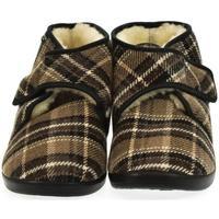 Topánky Muži Papuče Mjartan Pánske papuče  MILAN hnedá