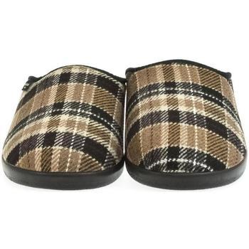 Topánky Muži Papuče Mjartan Pánske papuče  DAMIÁN 3 hnedá