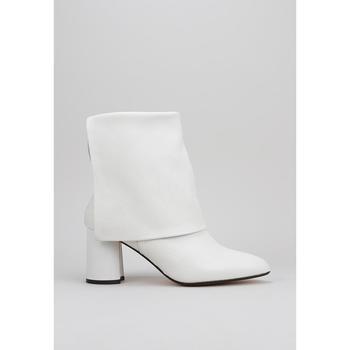 Topánky Ženy Čižmičky Roberto Torretta  Biela