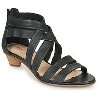 Topánky Ženy Sandále Clarks MENA SILK Čierna