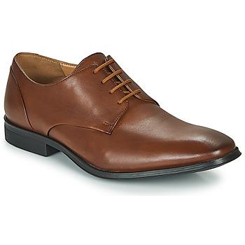 Topánky Muži Derbie Clarks GILMAN PLAIN Hnedá