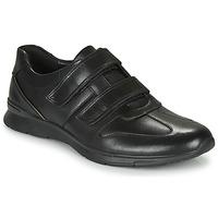 Topánky Muži Nízke tenisky Clarks UN TYNAMO TURN Čierna