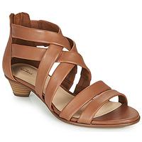 Topánky Ženy Sandále Clarks MENA SILK Ťavia hnedá