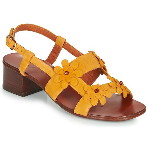 Topánky Ženy Sandále Chie Mihara QUESIA Žltá