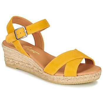 Topánky Ženy Sandále Betty London GIORGIA Žltá
