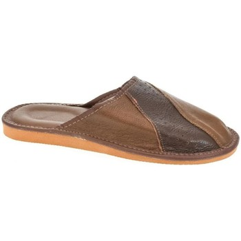 Topánky Muži Papuče John-C Pánske kožené hnedé papuče ANDREJ hnedá