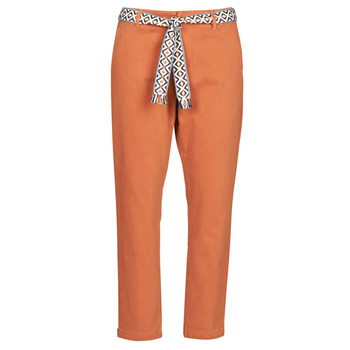 Oblečenie Ženy Nohavice Chinos a Carrot Vero Moda VMSVEA Červená tehlová