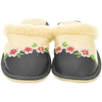 Topánky Ženy Papuče John-C Dámske béžové papuče JUDY béžová
