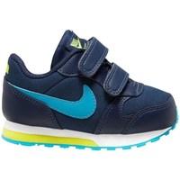 Topánky Chlapci Bežecká a trailová obuv Nike MD Runner 2 Tmavomodrá