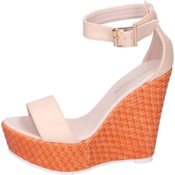 Topánky Ženy Sandále Solo Soprani Sandále BN641 Béžová