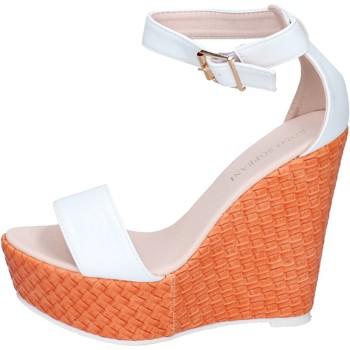 Topánky Ženy Sandále Solo Soprani Sandále BN642 Biely
