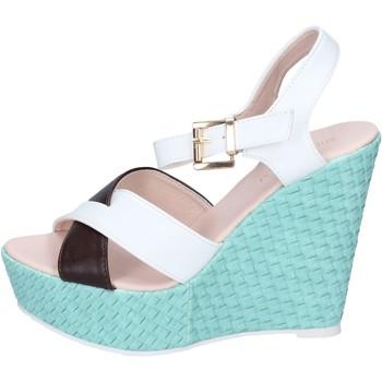 Topánky Ženy Sandále Solo Soprani Sandále BN646 Biely