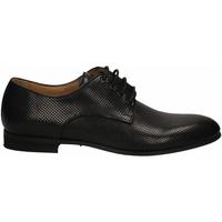 Topánky Muži Derbie Brecos VITELLO nero