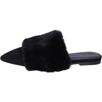 Topánky Ženy Sandále Stephen Good sandali camoscio pelliccia Nero