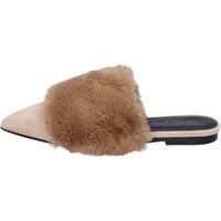 Topánky Ženy Sandále Stephen Good sandali camoscio pelliccia Beige