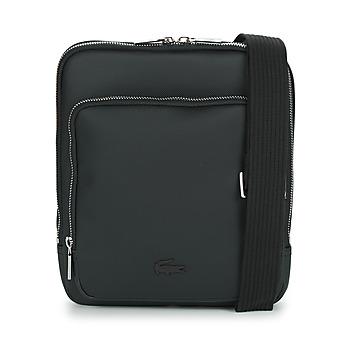 Tašky Muži Vrecúška a malé kabelky Lacoste MEN'S CLASSIC CROSSOVER BAG Čierna