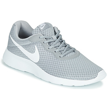 Topánky Muži Nízke tenisky Nike TANJUN Šedá / Biela