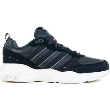 Topánky Muži Nízke tenisky adidas Originals Strutter Čierna, Grafit