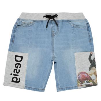 Oblečenie Chlapci Šortky a bermudy Desigual 21SBDD02-5053 Modrá